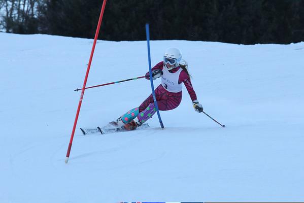 WUHS Alpine Ski Team at S6