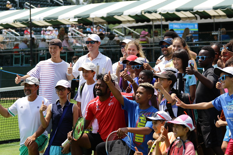 Paes and Kids