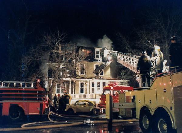 Northeast Avenue Fire