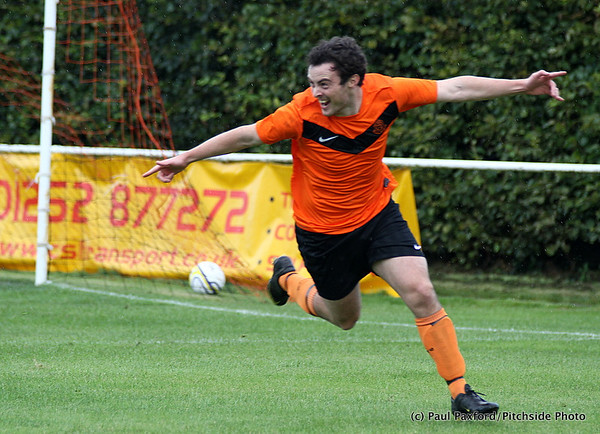 Hartley Wintney 1 Bashley 0 - FA Cup 1st Qualifying Round - 17/9/11