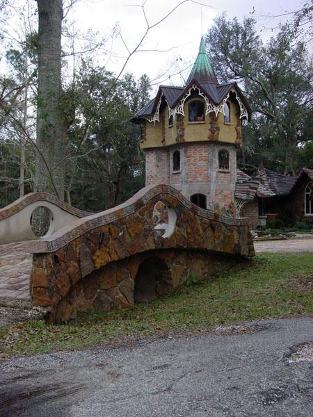 Wanda's cool find in Fairhope... A real fairy castle.