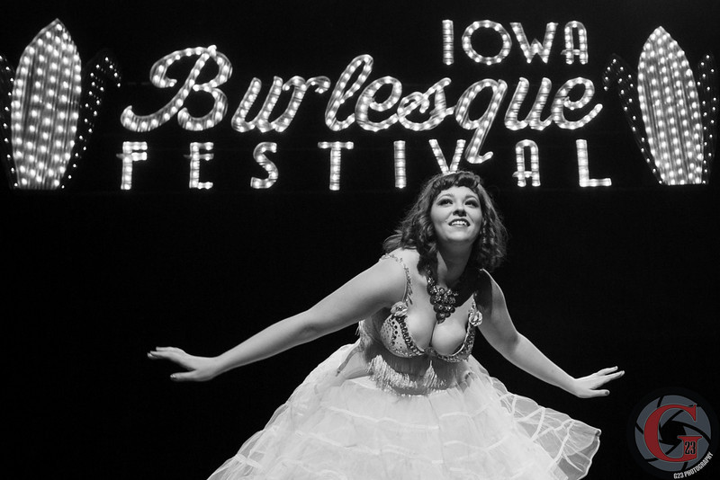 burlesque day2 edits (223 of 123).jpg