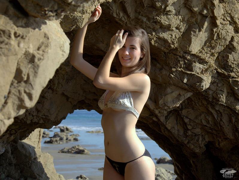 45surf swimsuit bikini model hot pretty swimsuit models beauty 041.,.kl,.,..jpg