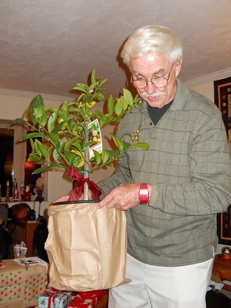 Christmas 2010 Loel7.jpg