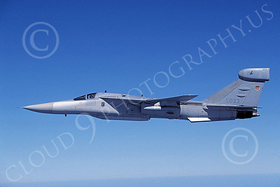US Air Force General Dynamics EF-111 Raven Military Airplane Pictures
