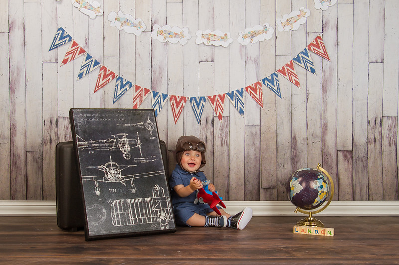 Happy first birthday, Landon! We loved the awesome theme that your mom put together; super cute for a cute little dude!