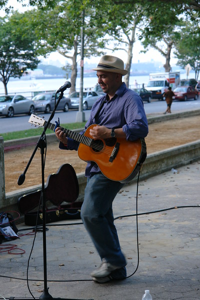 Gustavo Rodriguez  ASTORIA MUSIC AND ARTS FESTIVAL 2009