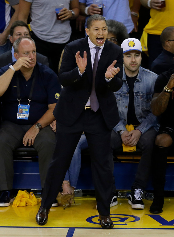 . Cleveland Cavaliers head coach Tyronn Lue gestures during the first half of Game 2 of basketball\'s NBA Finals against the Golden State Warriors in Oakland, Calif., Sunday, June 4, 2017. (AP Photo/Ben Margot)