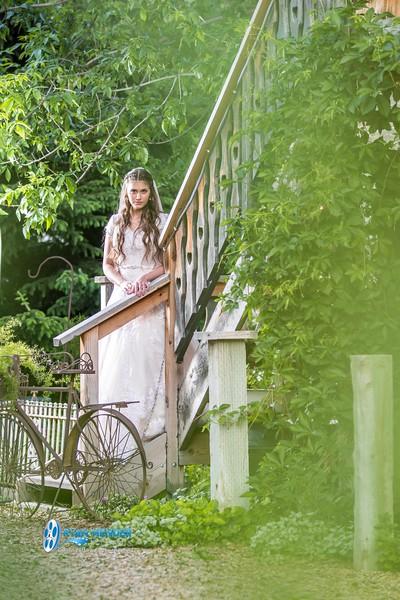 barbwire and lace bridal photo shoot brooklyn -121.jpg