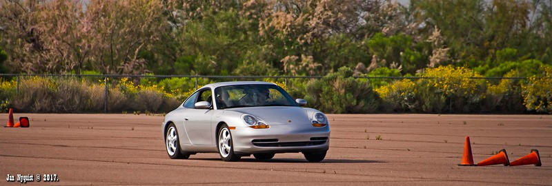 Porsche-911-Silver-1950.jpg