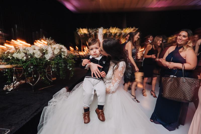 2018-10-20 Megan & Joshua Wedding-1180.jpg