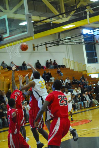 20090301_MCC Basketball_5710.JPG