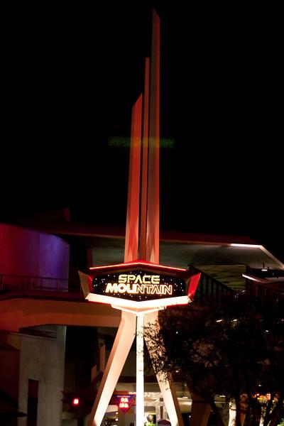 2010 - Jan - 18-24 - Family Disneyland Trip-9734