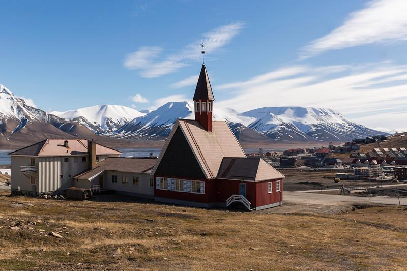 Inspirato-Arctic_Expedition18-02-Longyearbyen-1170.jpg