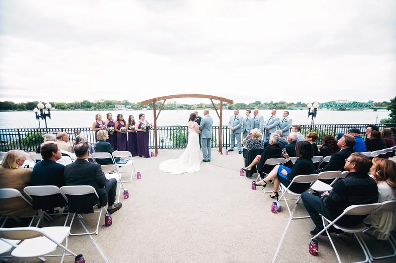 chateau-on-the-river-trenton-michigan-wedding-0268.jpg