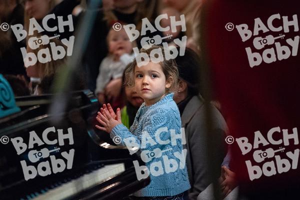 ©Bach to Baby 2019_Laura Woodrow_Southfields_2019-17-12_ 4.jpg