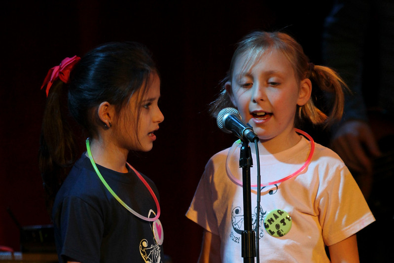 2011.12.12 Suzi Shelton Concertf-56.jpg