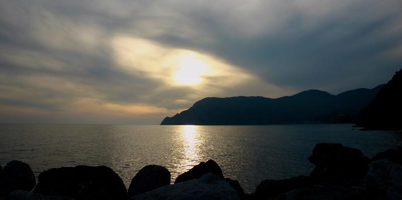 sunset in Vernazza (1).jpg