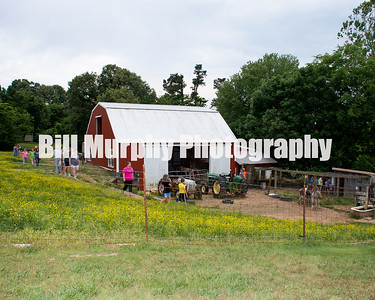 First Christian Church Youth Field Trip To The Young's Farm