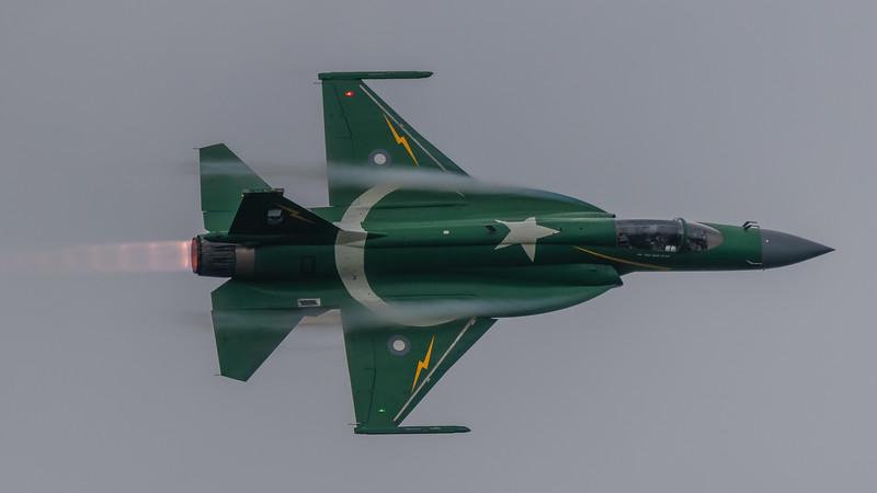 RADOM-PakAF-JF17-Vapor-kedark_D854120-16x9.jpg
