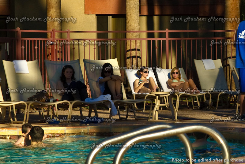 12.30.2008 Afternoon at the pool (19).jpg