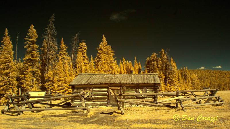 Pen's Cabin 2aa.jpg