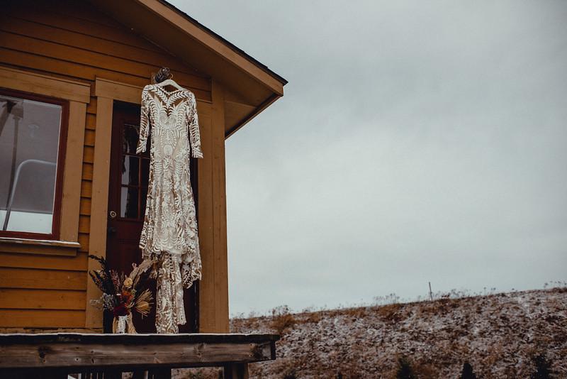 Requiem Images - Luxury Boho Winter Mountain Intimate Wedding - Seven Springs - Laurel Highlands - Blake Holly -42.jpg