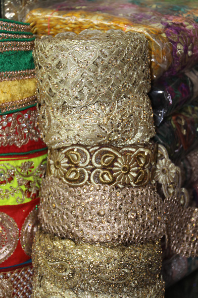 fabric for sari trim in Chandi Chowk