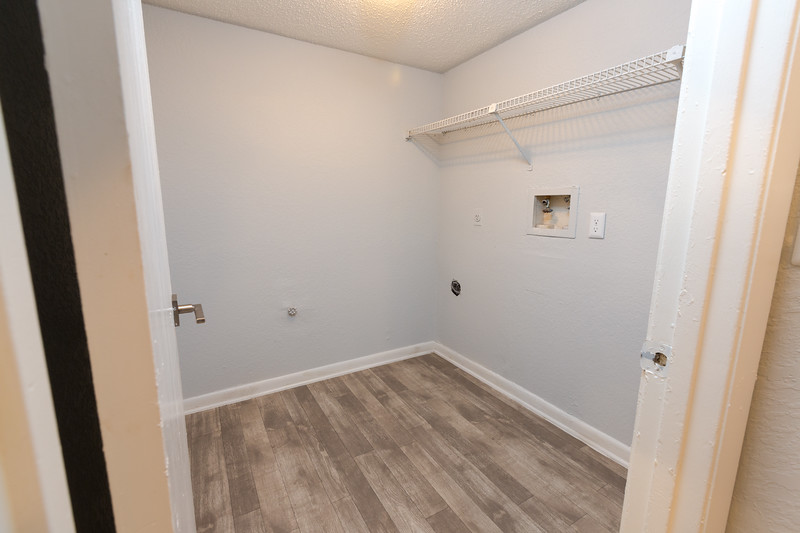 Apartment 3 (2 bedroom)-24.jpg
