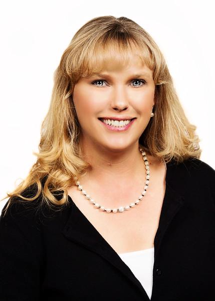Carla Tanner Headshot