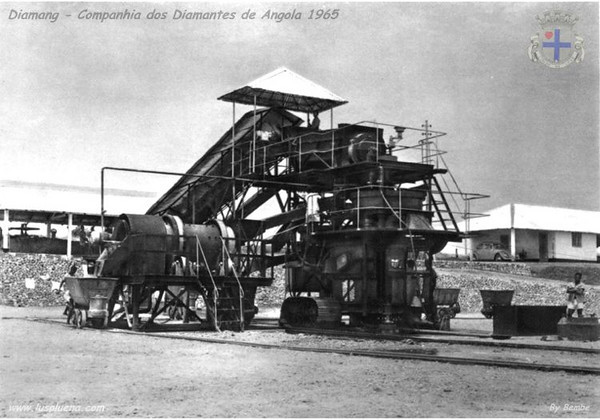 Mina de Calussaca que reentrou em laboração em 1965.