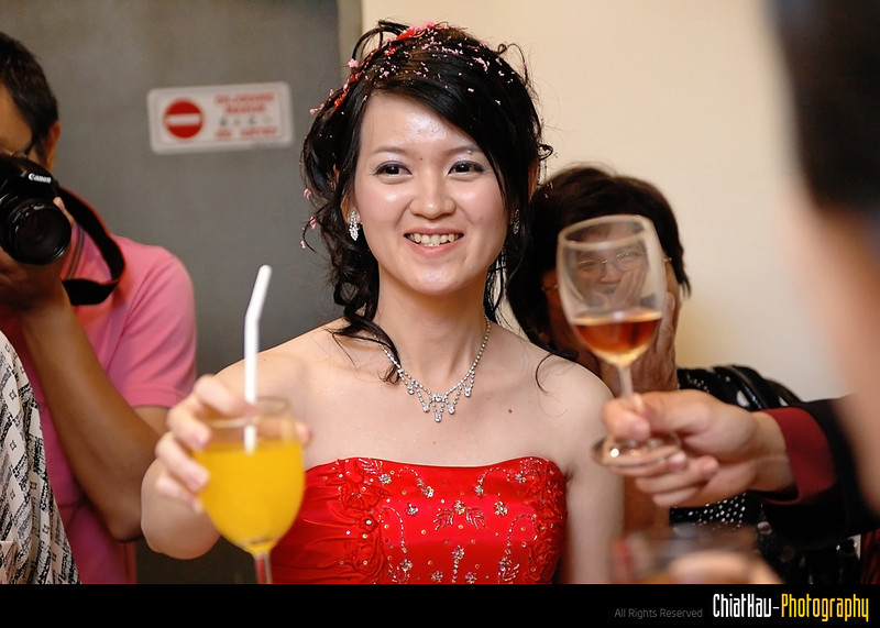 Check out Lee Fen smile.. :)