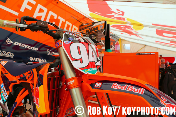 SOUTHWICK PITS,TRACK AND PEOPLE