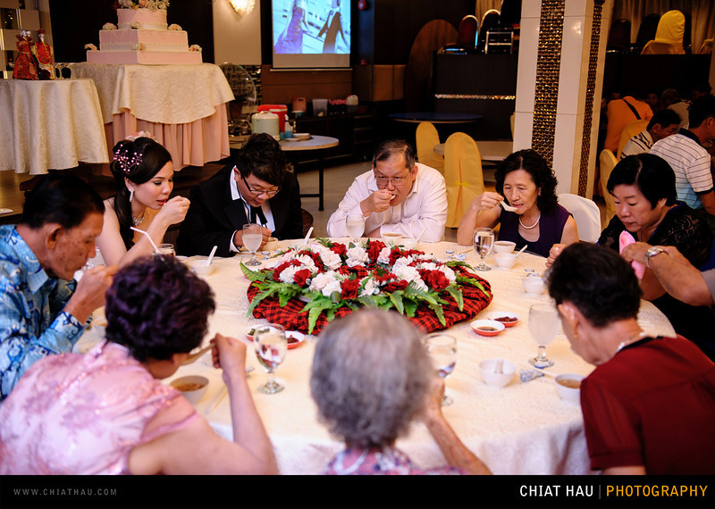 Chee Hou + Li Li - Actual Day Bride Dinner -_-63.jpg