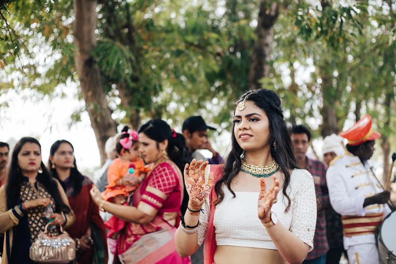 Poojan + Aneri - Wedding Day EOSR Card 1-0900.jpg