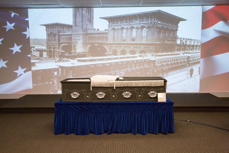 Lincoln Presentation 2-18-11.JPG