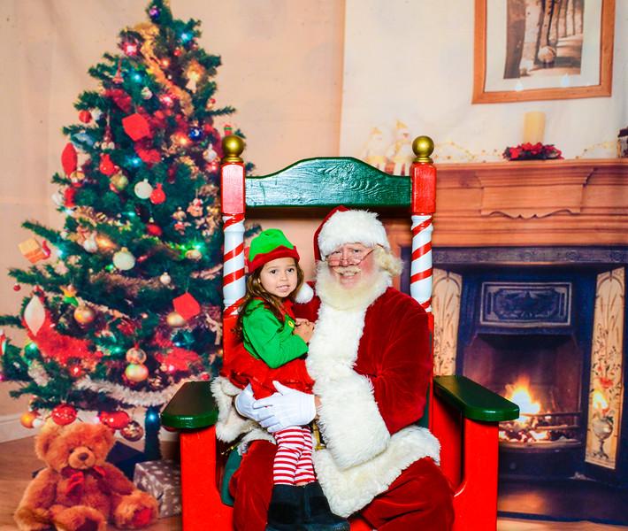 Santa Elmore 2016-12186.jpg