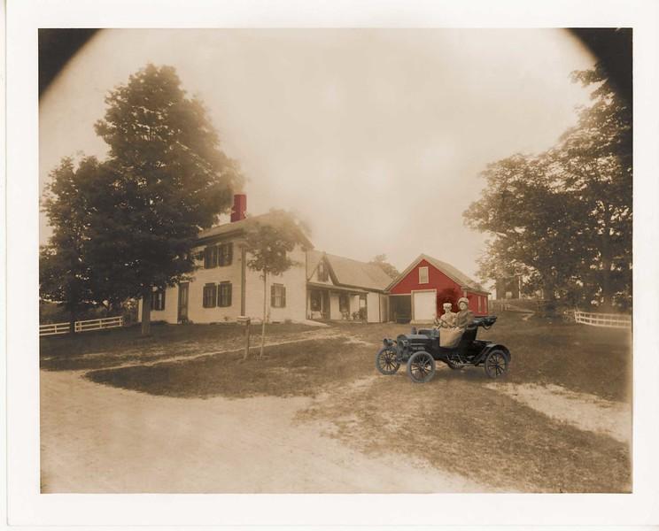peaslee_homestead_car_dustbusted_black_edit03.jpg