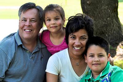 Felberg Family  May10