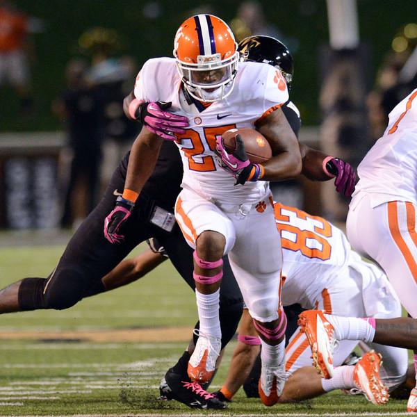 Zach Allen tackles McDowell.jpg