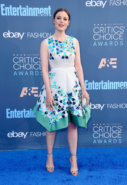 . Gillian Jacobs arrives at the 22nd annual Critics\' Choice Awards at the Barker Hangar on Sunday, Dec. 11, 2016, in Santa Monica, Calif. (Photo by Jordan Strauss/Invision/AP)