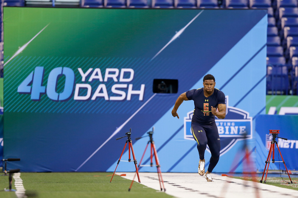 . South Alabama tight end Gerald Everett runs the 40-yard dash at the NFL football scouting combine in Indianapolis, Saturday, March 4, 2017. (AP Photo/Michael Conroy)