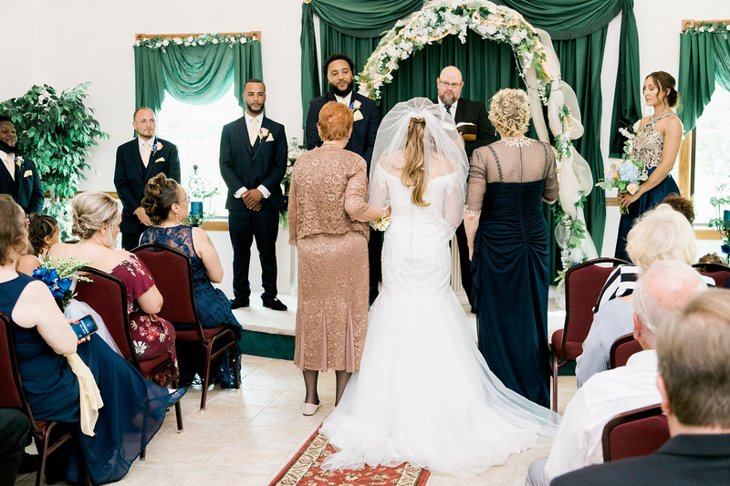 melissa-kendall-beauty-and-the-beast-wedding-2019-intrigue-photography-0120.jpg