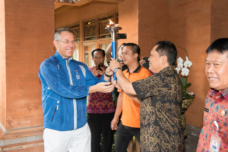 20170202_Peace Run Denpasar w_Mayor_013.jpg