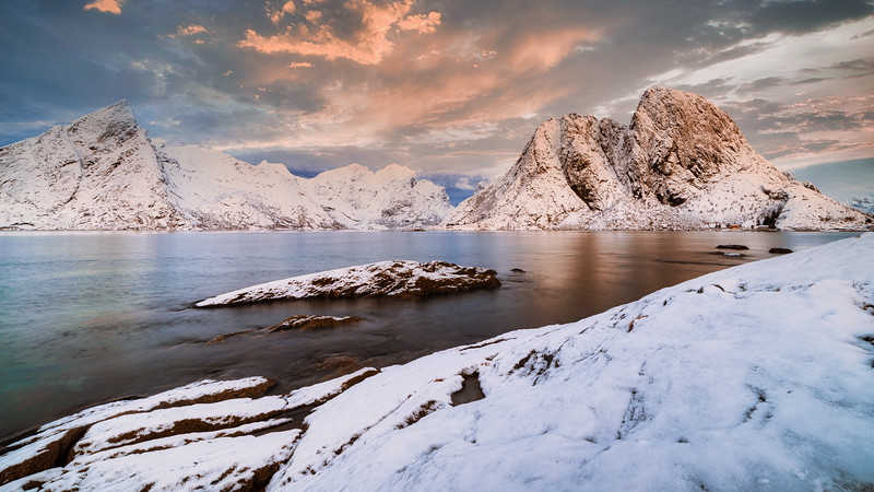 Norway_Muench_Day3_Lofoten-20150117-02_38_48-Rajnish Gupta-Edit.jpg
