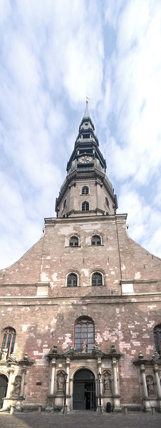 St Peters Cathedral Riga i3.jpg