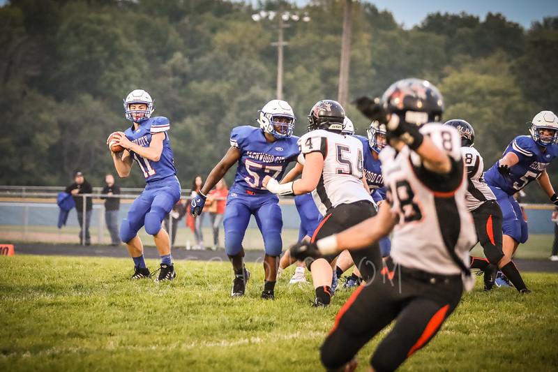 GC Football vs Elk Mound-0655.JPG