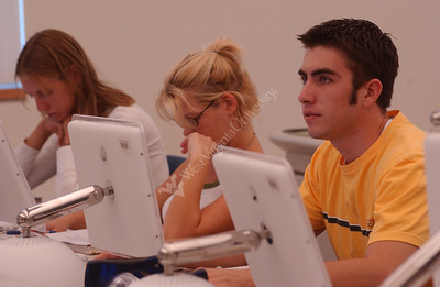 22348 MAC LAB WITH STUDENTS