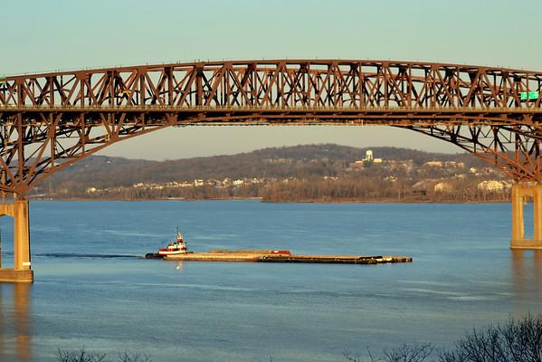 Captin D  Nwburgh - Beacon Bridge 1/7/13