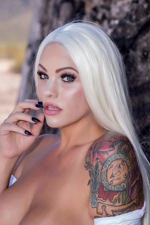 Erin (Stunning Savage)